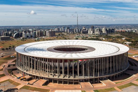 Brasilia_Stadium_-_June_2013